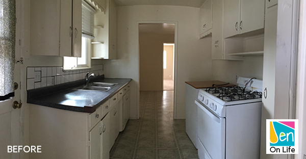 Beach Bungalow Kitchen Before Picture